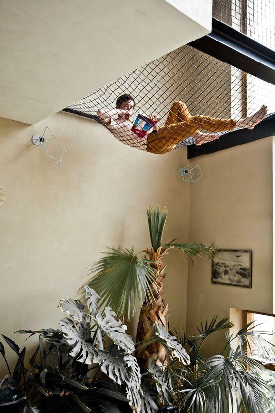 Loungeplek op een net