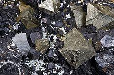 Vzorek magnetitu z italského regionu Trentino-Alto Adige.