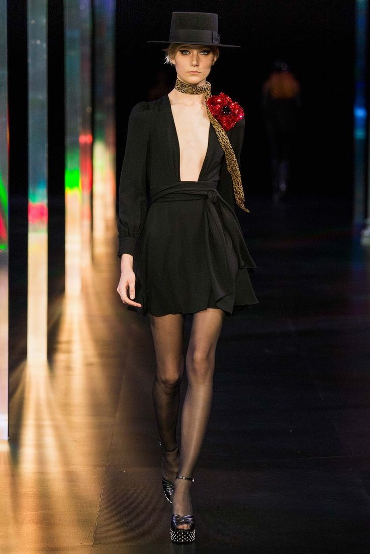 Saint Laurent Spring 2015 Ready to Wear Collection Photos   Vogue