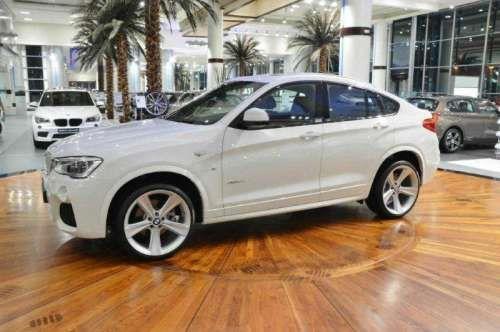 Дилеры Абу-Даби выставили напоказ BMW X4 со спортивным пакетом М. BMW Abu Dhabi Motors выставили на показ совершенно новенький BMW X4 2015 модельного года с опциональным спортивным пакетом М. в последнее время в ОАЭ частенько стали показывать горячие продукты от BMW. На сей раз на