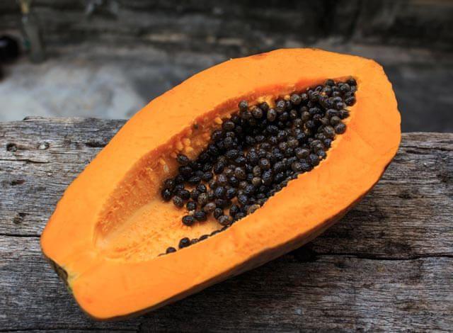 Papayakerne - Alles über Wirkung, Zubereitungsarten, Dosierung und Nebenwirkungen der Papaykerne inkl. Studien. Jetzt lesen!