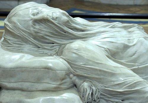 Zahaleny Kristus, Neapol