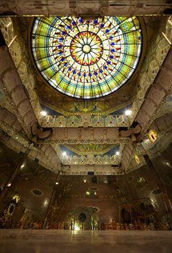 Templi dell'umanità (damanhur): sala degli specchi. Near Turin