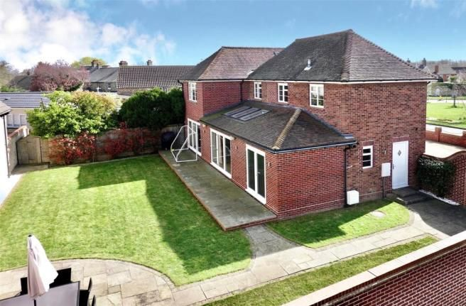 4 Bedroom Detached House For Sale In Eaton Ford Green Eaton Ford