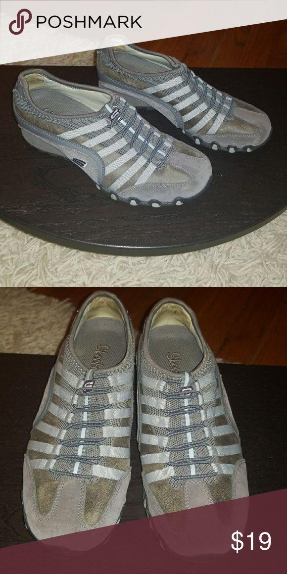 Sketchers Sneakers, sz 6.5 Grey womens leather upper sneakers, GUC. Skechers Shoes Sneakers
