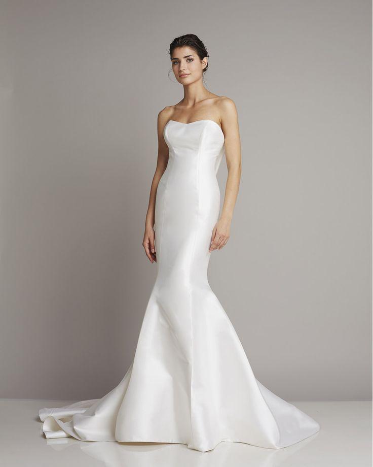 Slim strapless wedding dress of silk in Mermaid by Giuseppe Papini