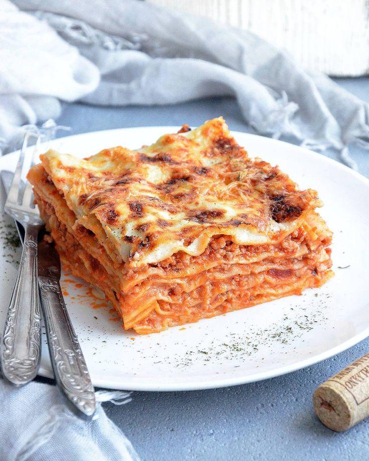 750 отметок «Нравится», 28 комментариев — @maruskooo в Instagram: «Лазанья Болоньезе / Lasagna Bolognese  Ну вот и пришло её время, время лазаньи! По традиции готовлю…»