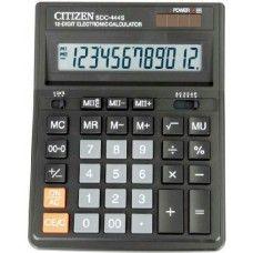 Asztali nagy számológép 1 2 karakteres Citizen SDC-444S Ft Ár 2,739 Nagy asztali számológép 1 2 számjegyes Citizen SDC-444S  12 digites (számjegyes) nagy asztali számológép döntött, nagyméretű egysoros LCD kijelzõvel. Áramellátás: elem + napelem.  automatikus kikapcsolás [8 perc] összeadás [+] kivonás [-] szorzás [×} osztás [÷] duplanulla [00] gyökvonás [V¯] visszatörlő gomb [→] százalékszámítás [%] haszon (árrés) számítás [MU] memória [MRC] [M-] [M+] dupla memória [M II R C] [M II -] [M