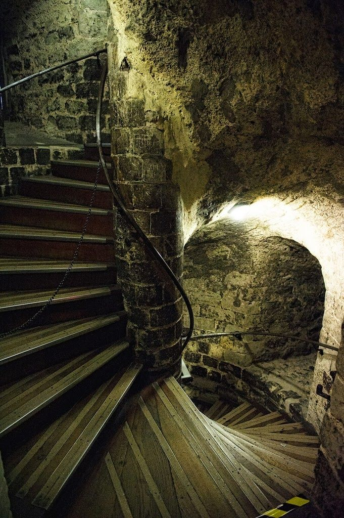 10 of the World's Most Scariest Places to Visit - Tower of London