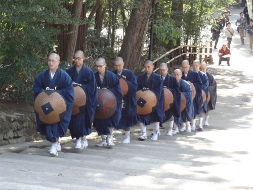 円覚寺 雲水 托鉢