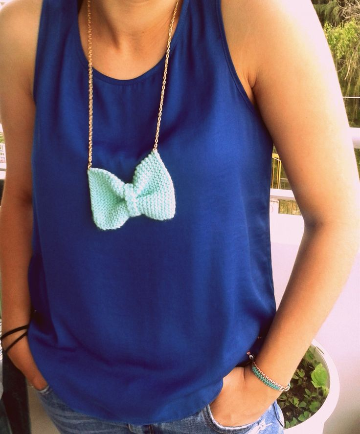 Christina Handmade knitted bow necklace