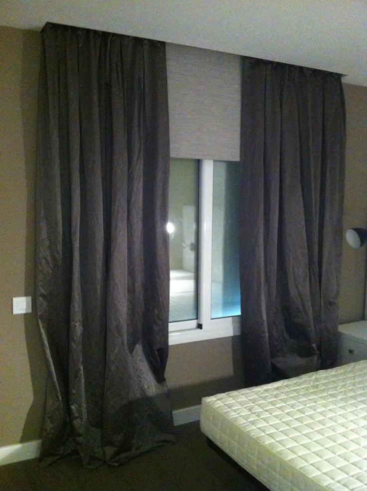 Combinaci n de cortinas convencionales en seda con for Confeccion cortinas