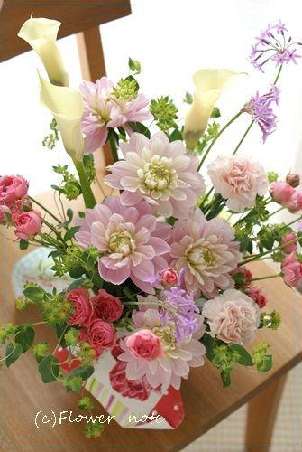Flower noteのHPは http://flowernote.net/ フラワーギフトのご注文 も沢山ありがとうございます 横浜・上大岡小さなお花の教室…