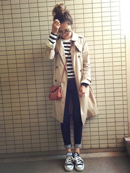 striped top + black jeans + converse + long coat