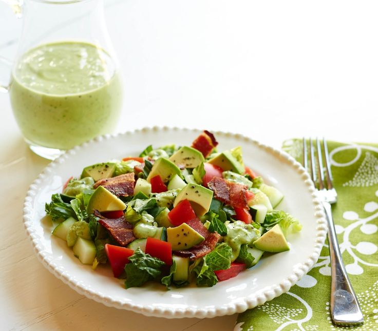 BLT Avocado-Ranch Chopped Salad | Recipe