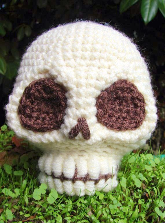Ravelry: Ballgurumi-Sugar Skull pattern by Marie-Eve Lafleur ... | 769x570
