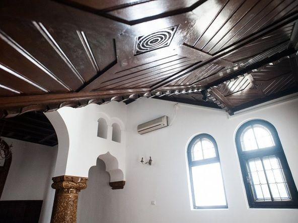 neoromanesc interior