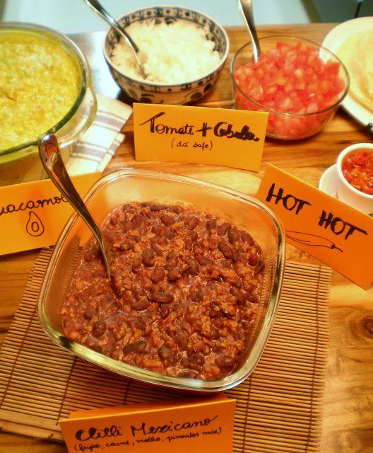 Jantar Mexicano bem informal. Aprenda a preparar Chilli de feijão com carne, guacamole, salsa picante, tacos e burritos   Figos & Funghis