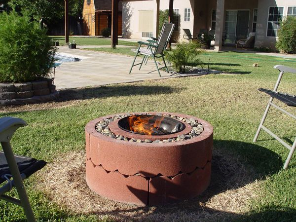 Fire-Pit Using Concrete Tree Rings http://www.handimania.com/diy/fire-pit-using-concrete-tree-rings.html