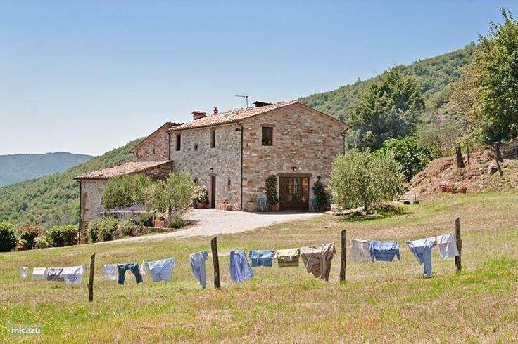 Boerderij Casa Girasole in Cortona, Toscane, Italië.  https://www.micazu.nl/vakantiehuis/italie/toscane/cortona/casa-girasole-10030/
