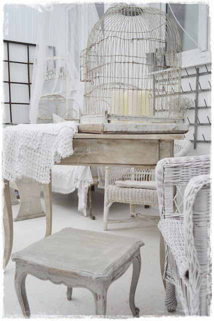 . ▇  #Vintage #Home #Decor  via - Christina Khandan  on IrvineHomeBlog - Irvine, California ༺ ℭƘ ༻