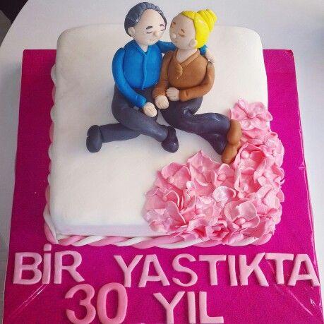 Annem ile Babamın 30. Evlilik Yıldönümü Pastası :)