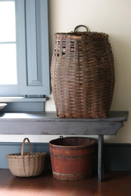 Baskets: Basketssumm Picnics, Old Baskets, Summer Picnics, Antique Baskets, Antiques Baskets, Baskets Preparation, Baskets Cases, Baskets Summ Picnics, Primitive Baskets