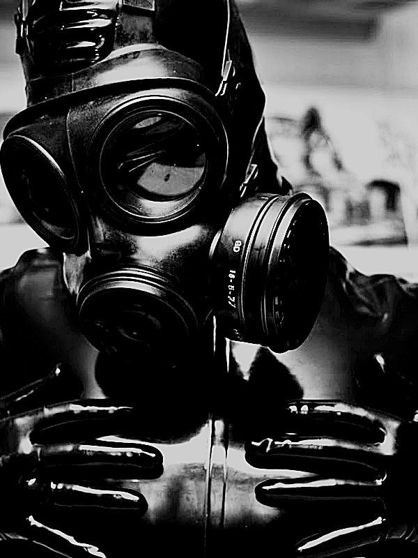 gas mask / Black  White Photography