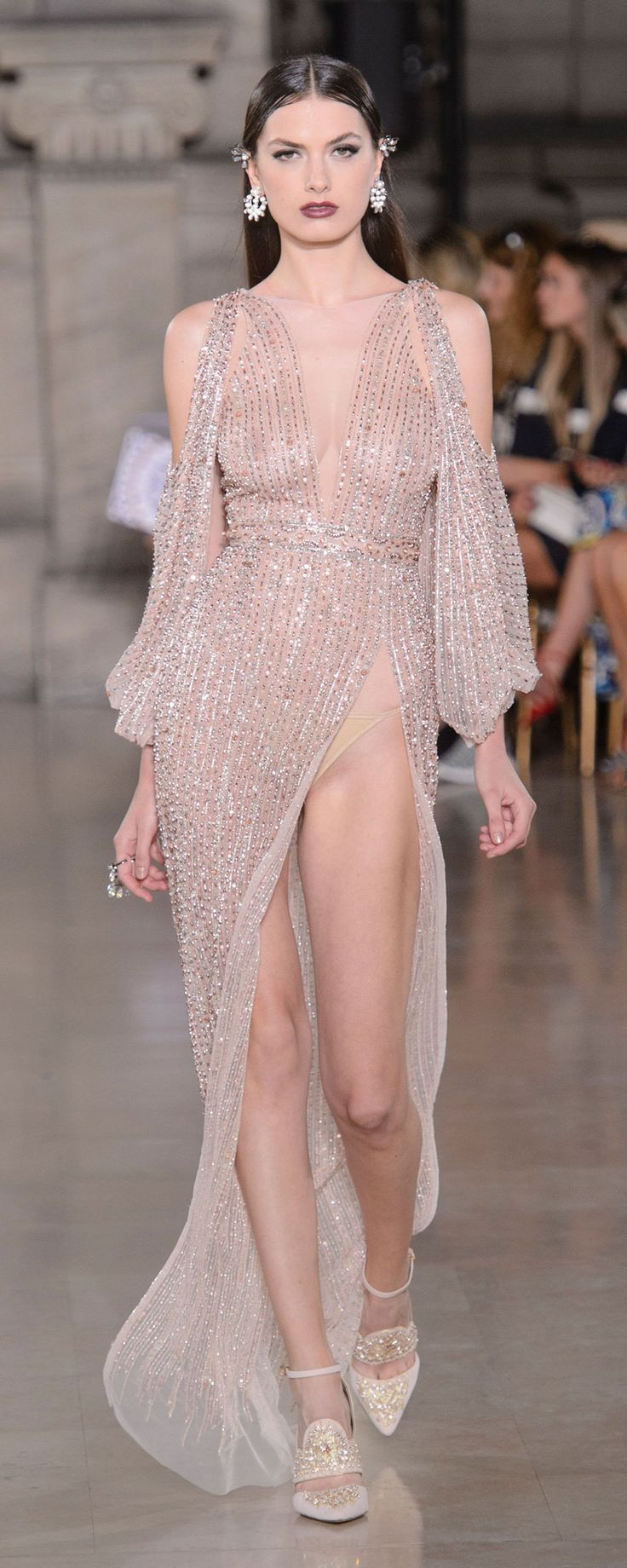 95 best cool look images on Pinterest | Evening gowns, High fashion ...