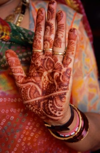 26 best images about indian hand tattoo on pinterest mehendi indian tattoos and in india. Black Bedroom Furniture Sets. Home Design Ideas
