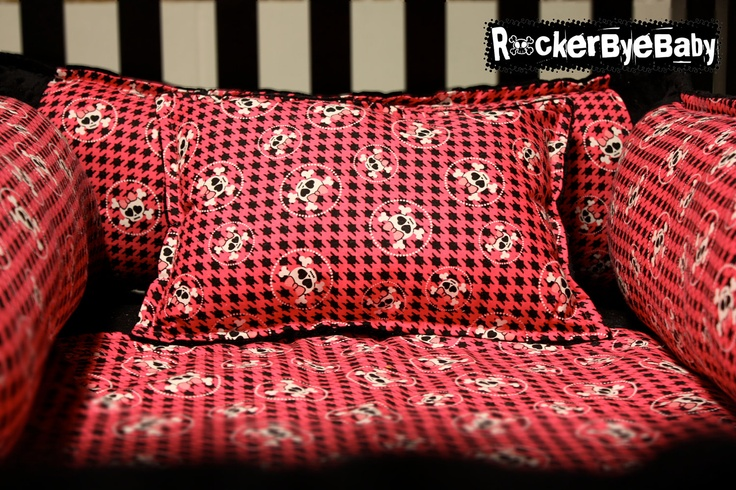 Pink And Black Skull And Crossbones Bedding