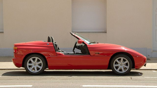 The ten most awesome car doors ever - BMW Z1