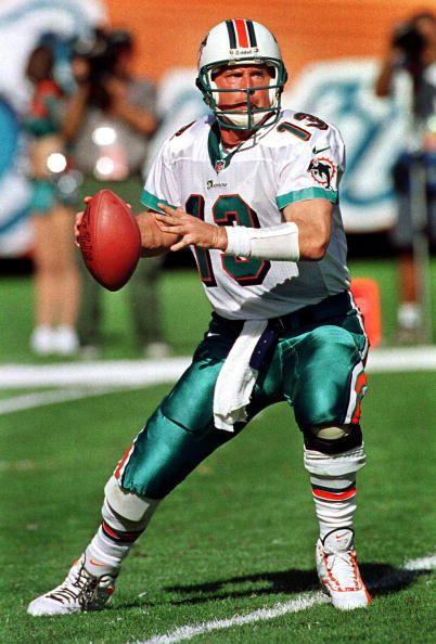 Miami Dolphins Qb Dan Marino