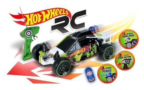 Hot Wheels - R/C Buggy RTR 1:10. Velké auto na dálkové ovládání Hot Wheels, které vytvořila známá společnost vytvářející auta na dálkové ovládání Mondo Motors. Tato Buggy je stylově barevná v zelené, černé a bílé. Dálkové ovládání je vytvořené tak, že směr auta ovládáte kolečkem a můžete spustit speciální funkci Turbo, když stisknete tlačítko na boku ovládání. Tím dostane vaše auto větší rychlost a vy si užijete více zábavy.