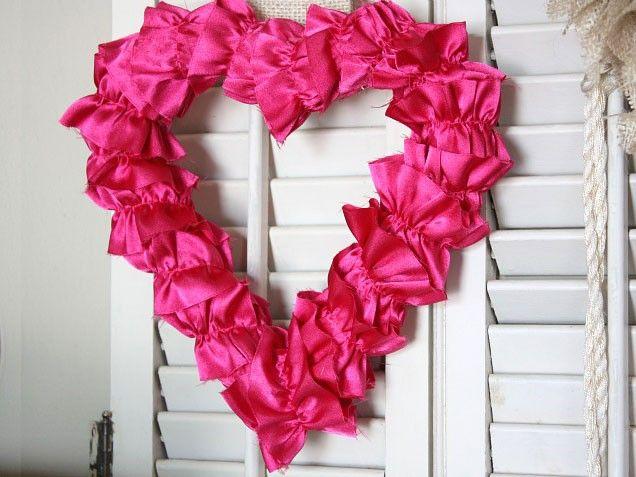 valentine day yard decorations