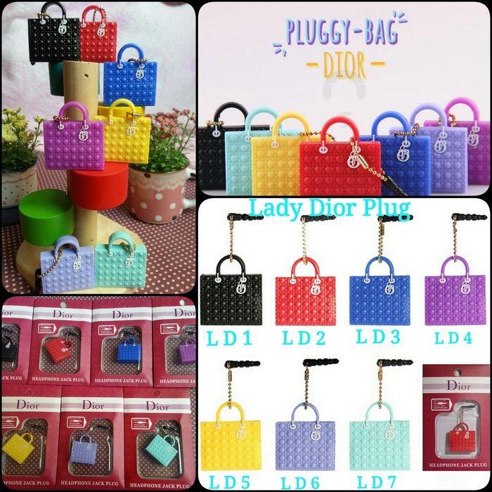 Koleksi Jewelry Pluggy (Min 2 Pcs) :  Kode : AWS-191, Nama : Branded Bags Pluggy Gantungan HP, Price : IDR 22.5, Model : Dior  (LD 1-7, CD 1-5, DR 1-6)