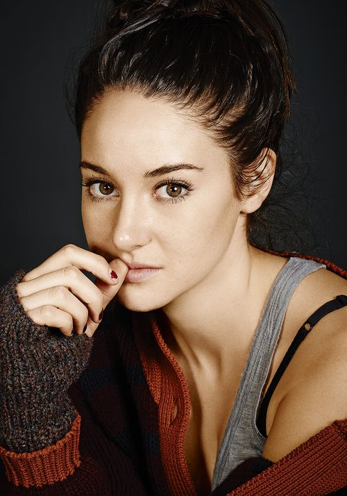 Shailene Woodley photographed by Eric Ray Davidson, 2013