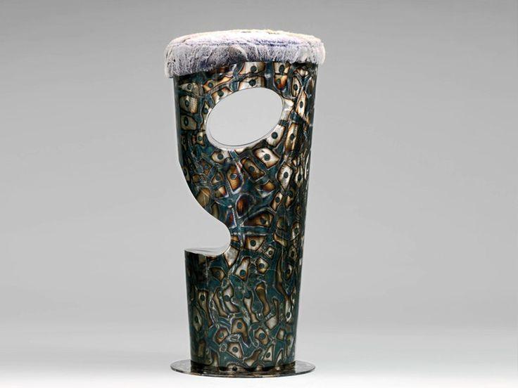MOAI   Sgabello in metallo - Hodara Art Designer