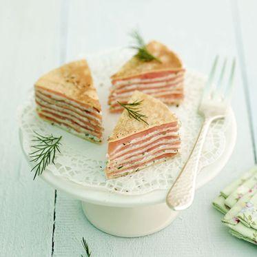 Räucherlachs-Crêpes-Torte Rezept | Küchengötter