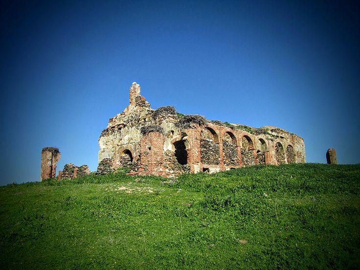 Ermita de la Magdalena o El Templaero en Puebla de Alcocer. #Ermitas #Hermitages #ruinas #Ruins #Art #Arte