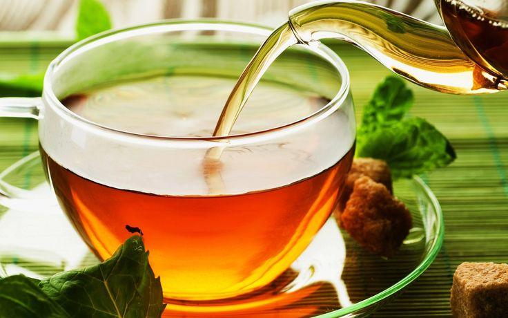 Bagi Anda penggemar teh, hampir tiap hari menikmati teh. Pagi dan sore hari biasanya cara menikmati teh dengan berkumpul bersama keluarga. Lebih nikmat lagi jika hujan bersama camilan ringan. Pas b...