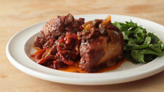Préparez cette délicieuse recette de poulet chasseur tirée de l'émission Al Dante avec Stefano Faita.