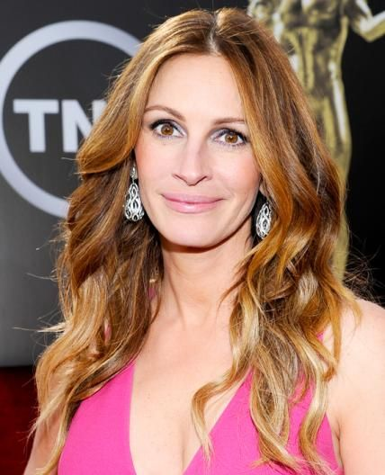 We're Seeing Red This St. Patrick's Day! Get Inspired to Try the Hot Hair Hue - Julia Roberts - from InStyle.com