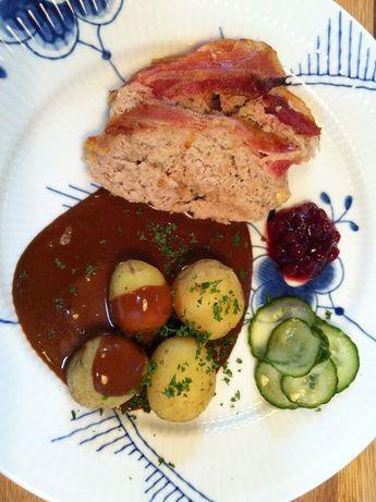 Evas Køkken: Verdens bedste opskrift på forloren hare med flødesauce og tyttebær som mormor lavede den