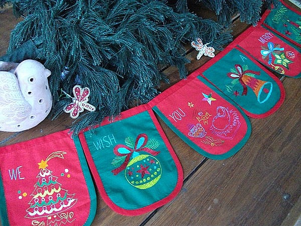Beautifully embroidered handmade banner to wish your family a Merry Christmas