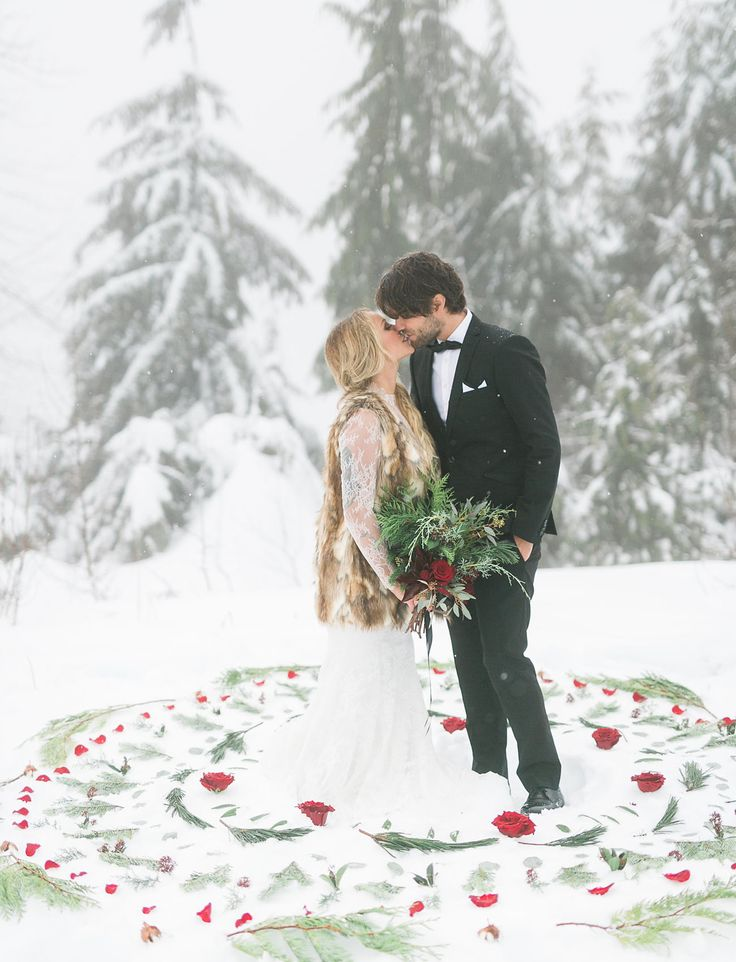 Winter Bohemian Wedding with accents of red roses and snow