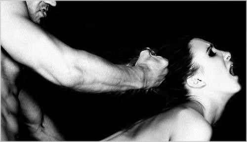 O que excita uma Mulher sexualmente? Quais são os fetiches e as fantasias sexuais femininas mais comuns? Lógico que são muitas as possíveis fantasias sexuais que as Mulheres podem ter, cada uma com suas características e peculiaridades. Porém, é perfeitamente possível agrupar as fantasias sexuais femininas mais comuns. Na continuação da série Os fetiches femininos mais comuns, mostrarei as cinco primeiras fantasias ou fetiches sexuais das Mulheres que são as mais fáceis de se encontrar…