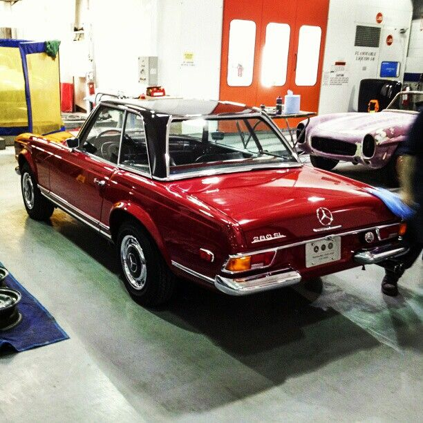 17 best images about old cars that kick ass on pinterest for Mercedes benz classic car center