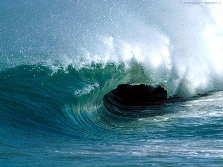 заставки для робочого столу - Морські хвилі: http://wallpapic.com.ua/nature/sea-waves/wallpaper-3040