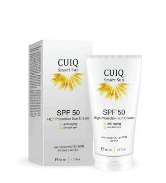 CUIQ Yüz için Yaşlanma Etkileri ve Leke Karşıtı Yüksek Korumalı Güneş Kremi ·İçeriğindeki özel aktifler güneş ışığıyla harekete geçer, UV ışınlarını yaşlanma karşıtı etkiye çevirir. ·Yüze özel yüksek koruma faktörü sayesinde cildi, güneşin zararlı etkilerine karşı korur. ·Hyalüronik asit ile etkin nemlendirme sağlar. ·Antioksidan E vitamini ile cildi besler ve korur. ·Güneş lekelerinin oluşmasını engellemeye yardımcı olur. #cuiqbeauty #güneşkremi #guneskremi #antiaging #50faktörgüneşkremi